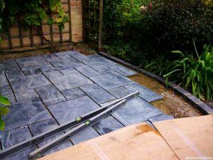 Welsh slate patio - laying slates