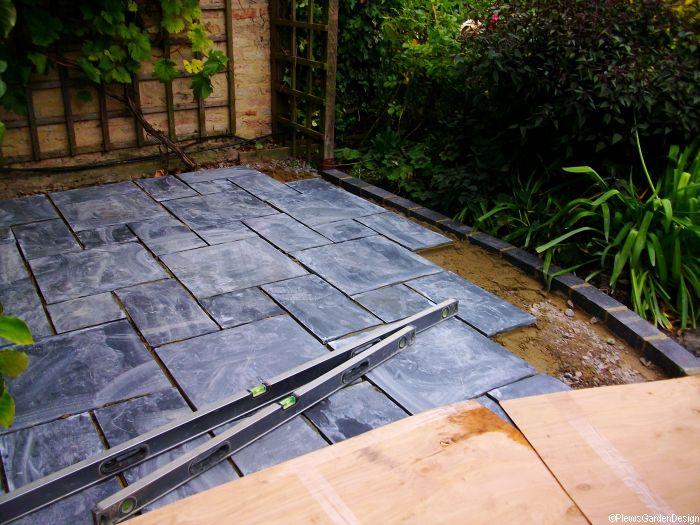 Welsh Slate Patio   Laying Slates