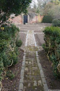 garden Eltham palace
