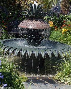charleston garden, pineapple fountain, world gardens, great gardens of the USA, rhs hampton court flower show 2017
