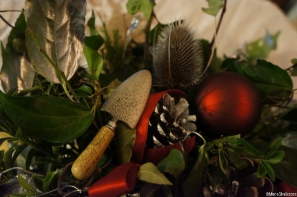 trowel, christmas decorations, gardeners christmas